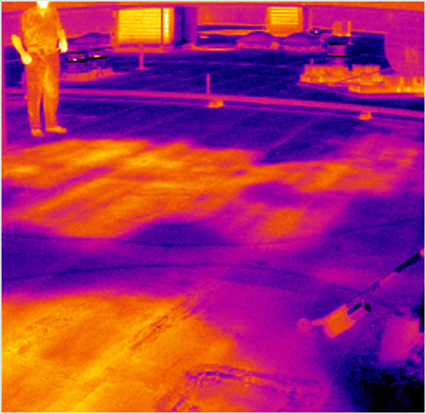 flat roof thermal moisture scan