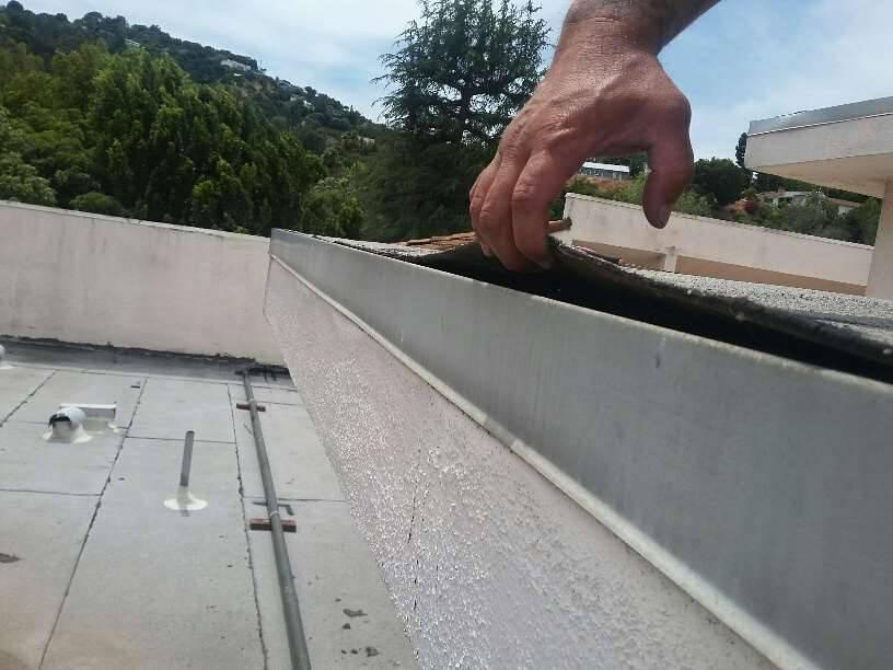 Seasonal-Commercial-Roof-Maintenance-Tips