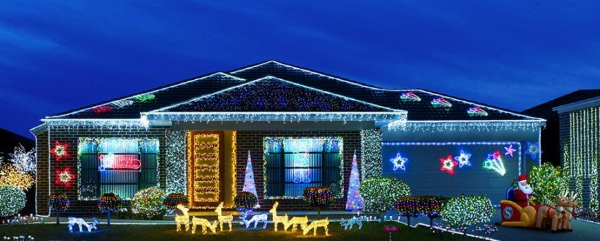 Adco-Roofing-Hanging-Holiday-Lights-Without-Damaging-Roof