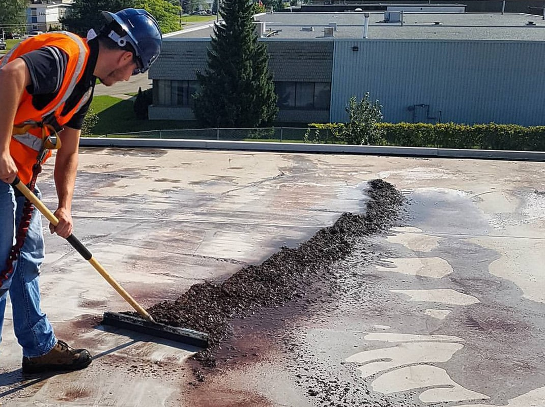 When To Repair And When To Replace Your Flat Roof?