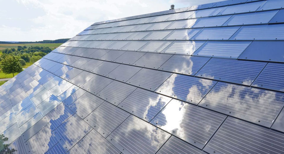 Solar Roof Tiles: The Pros and Cons